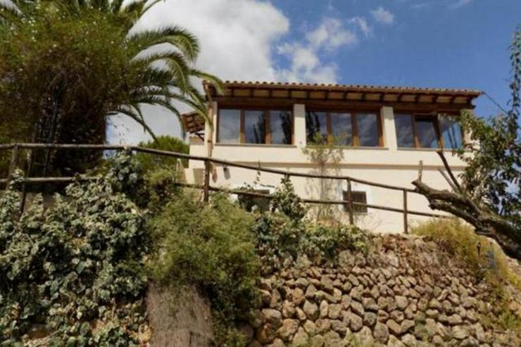 Bild 3: LANGZEITMIETE: ländliches Chalet bei Esporlas mit 4 Schlafzimmern und Pool