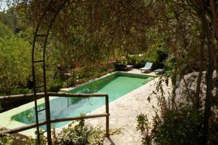 Bild 2: LANGZEITMIETE: ländliches Chalet bei Esporlas mit 4 Schlafzimmern und Pool