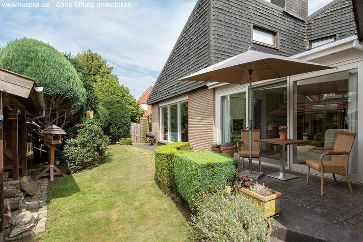 Bild 2: Architektenbungalow mit Doppelgarage in einer ruhigen Wohnumgebung