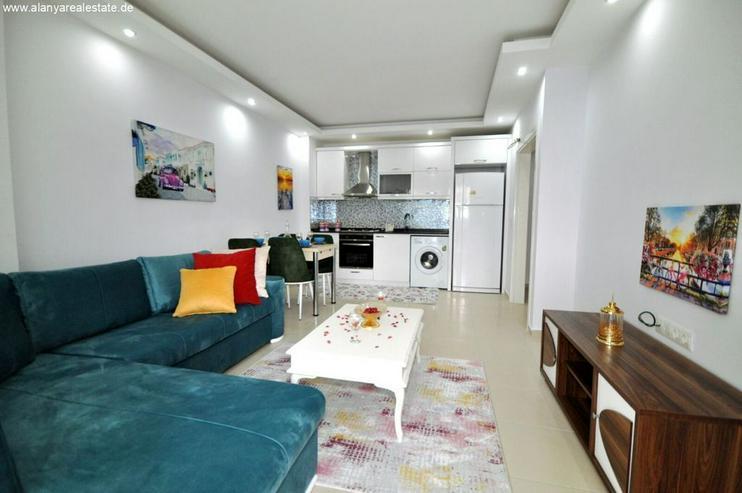 Bild 2: HOT OFFER Zwei Zimmer Wohnung komplett neu möbliert mit Pool