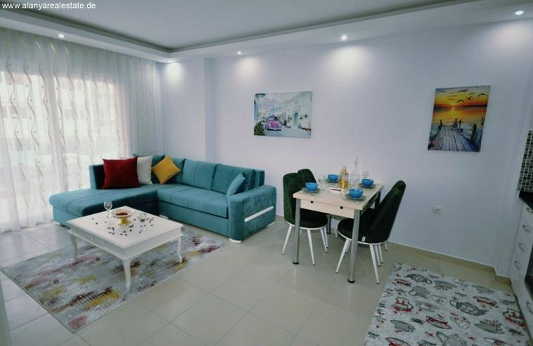 Bild 4: HOT OFFER Zwei Zimmer Wohnung komplett neu möbliert mit Pool