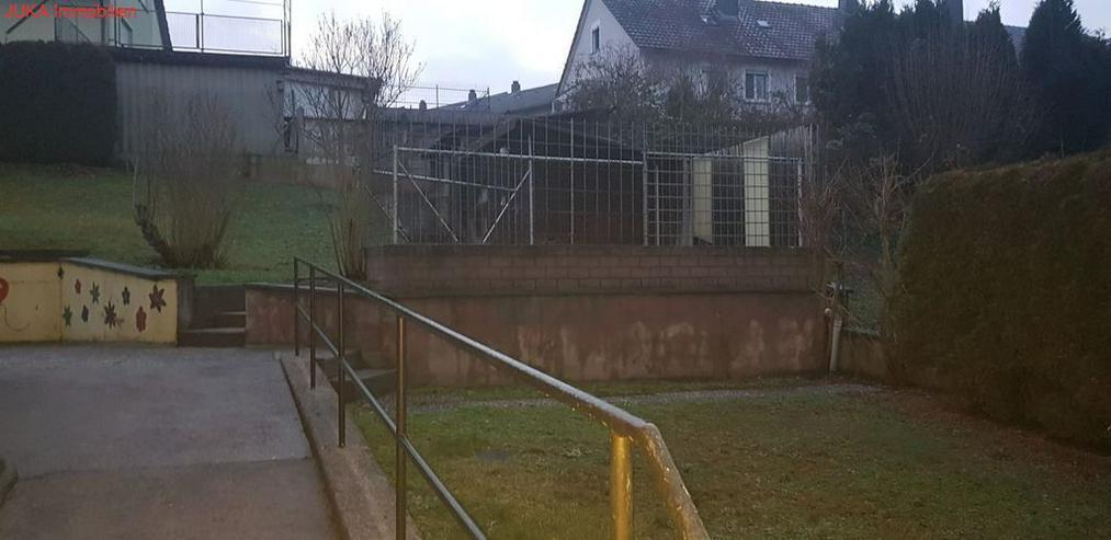 Bild 2: Solides Zweifamilienhaus in ruhiger Top Lage mit Wohn-Häuschen(Teenager) zum Herrichten b...