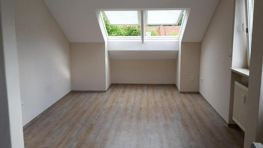 Ruhig gelegene 2-Zimmer-Wohnung mit Balkon inkl. EBK & TG in Altötting-Süd
