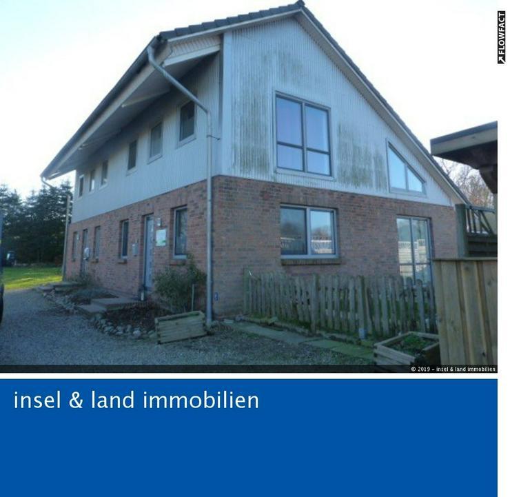 Modernes Doppelhaus zentral in Ahrenviöl