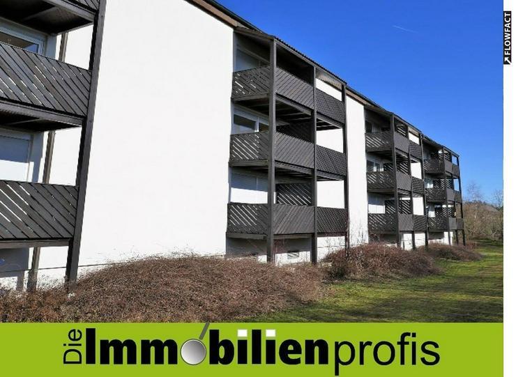 Nähe FH: Gepflegte 1 Zimmer- Eigentumswohnung mit Balkon in Hof
