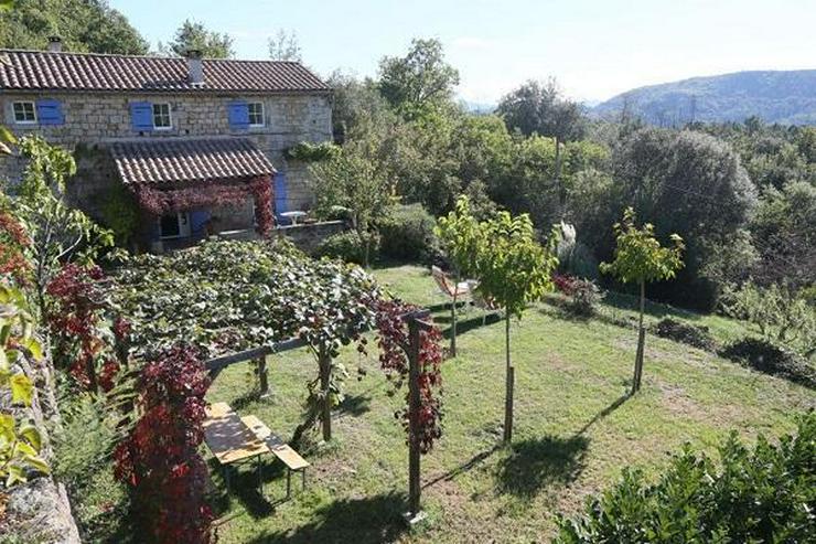 IL Privatverkauf Bauernhaus Les Vans (Ardèche Frankreich)
