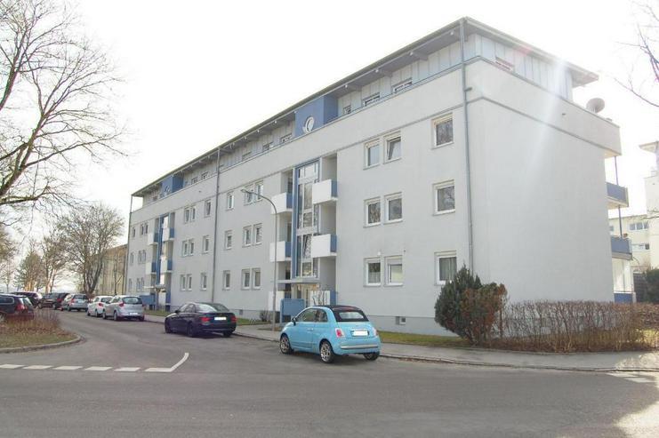 WIBLINGEN: Große Wohnung mit 2 Balkonen