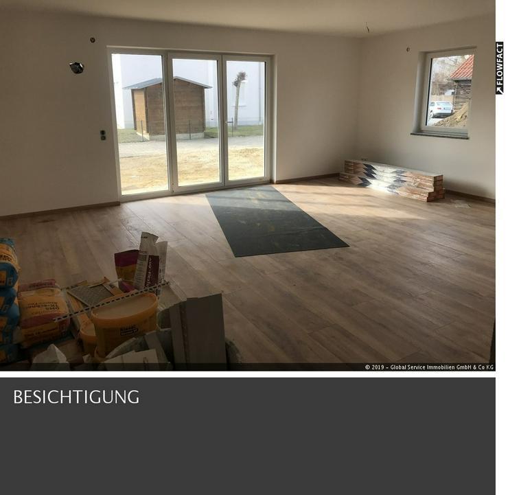 Helle Neubau Erdgeschosswohnung Welden bei Augsburg mit Garten