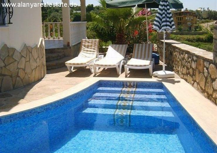Bild 4: Preisgünstige voll möblierte Villa mit privat Pool