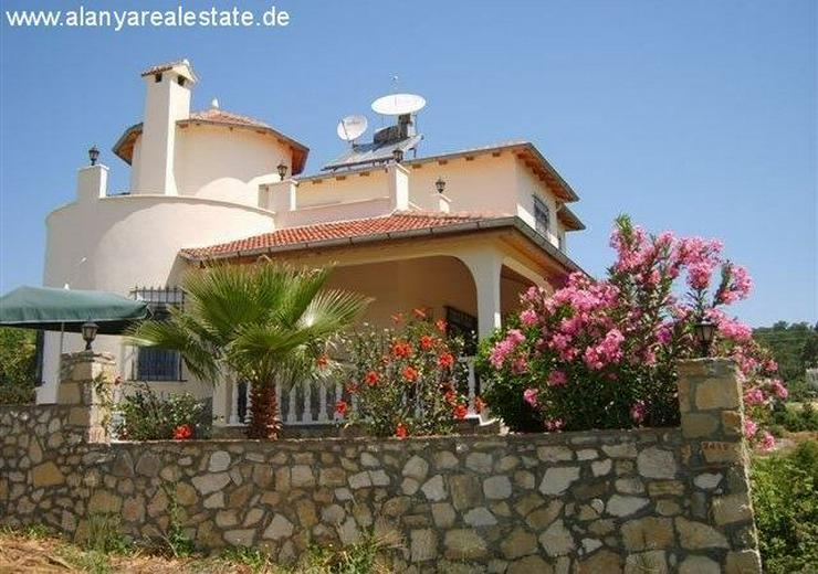 Bild 3: Preisgünstige voll möblierte Villa mit privat Pool