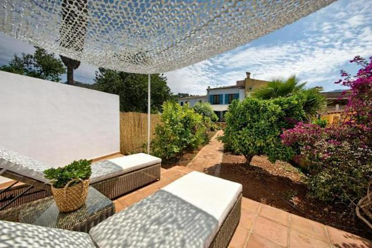 LANGZEITMIETE: modernisiertes Stadthaus mit Garten in Andratx