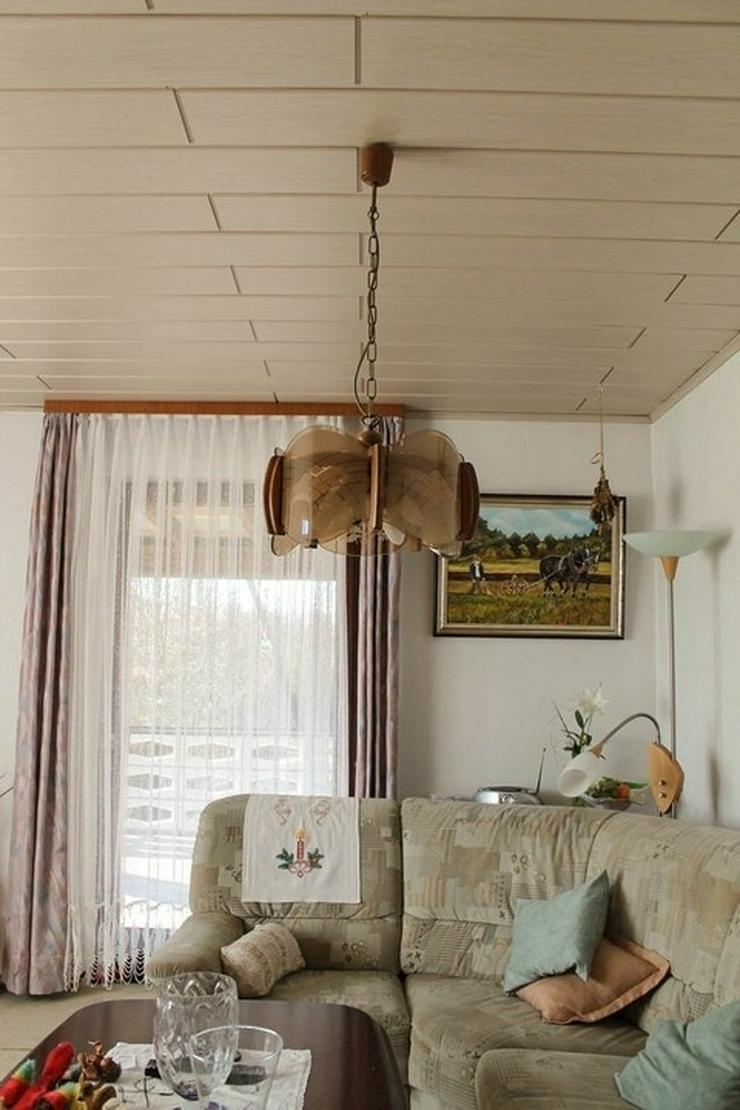 Bild 3: Renovierungsbedürftiges Zweifamilienhaus in idyllischer Lage