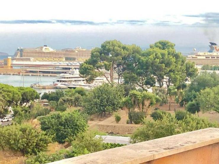 LANGZEITMIETE: Ático-Apartment mit 2 Schlafzimmen und Hafen-Blick in Palma