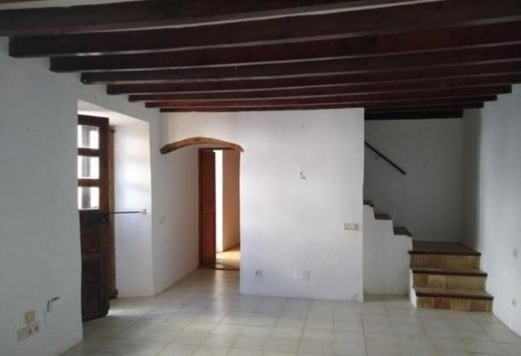 Bild 4: LANGZEITMIETE: Rustikales Dorfhaus mit Apartment in Puigpunyent