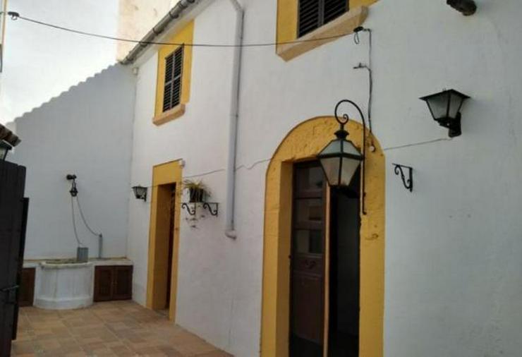 LANGZEITMIETE: Rustikales Dorfhaus mit Apartment in Puigpunyent