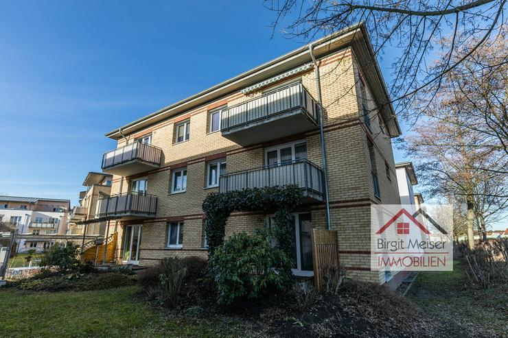 Bild 3: * Lichtdurchflutete Wohnung mit Balkon, EBK, Wanne und Stellpatz *