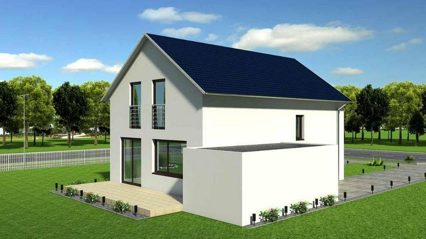 Modernes Einfamilienhaus mit großem Grundstück