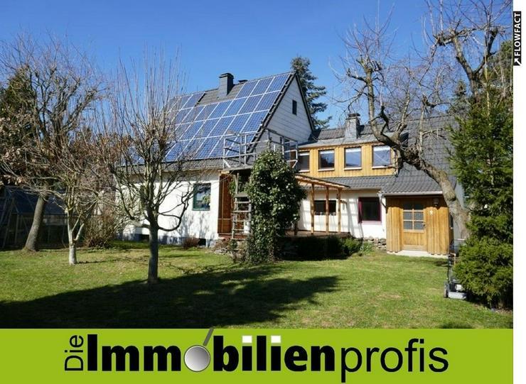 Schönes Einfamilienhaus mit Photovoltaikanlage in Zedtwitz (Hof 2km) - Haus kaufen - Bild 1