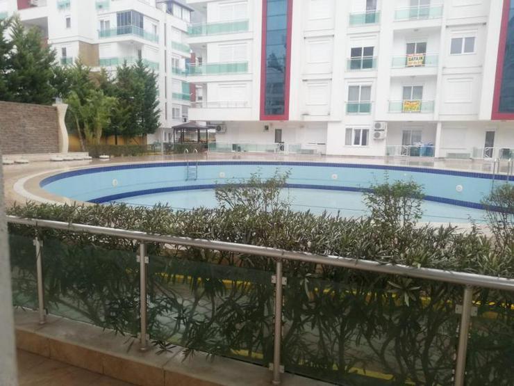 Bild 2: EG Wohnung mit 2 SZ in einer Anlage mit riesigem Gemeinschaftspool zum Schnäppchenpreis