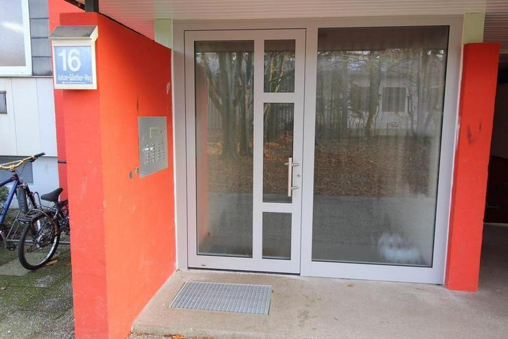 Bild 2: Neu renovierte 3-Zimmer-Wohnung im 6. OG mit schöner Aussicht! +++RESERVIERT+++