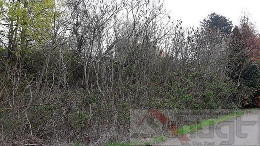 676 m² großes Grundstück sucht Haus. Interesse? - Grundstück kaufen - Bild 1