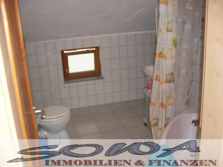 Bild 5: 2 Familienhaus mit Garten, 2 Garagen und Stellplatz - Ein Objekt von Ihrem Immobilienexper...
