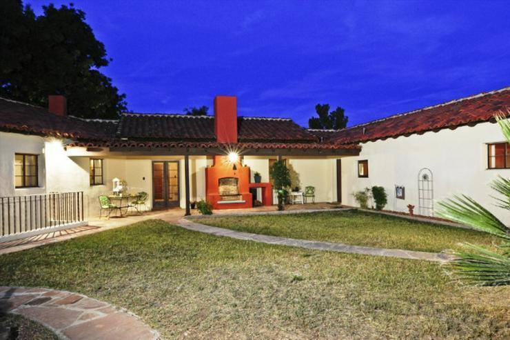 Bild 3: *Schnäppchen* ca. 80.000 m² Land (Bauland) mit Landhaus (Ranch) zu verkaufen!