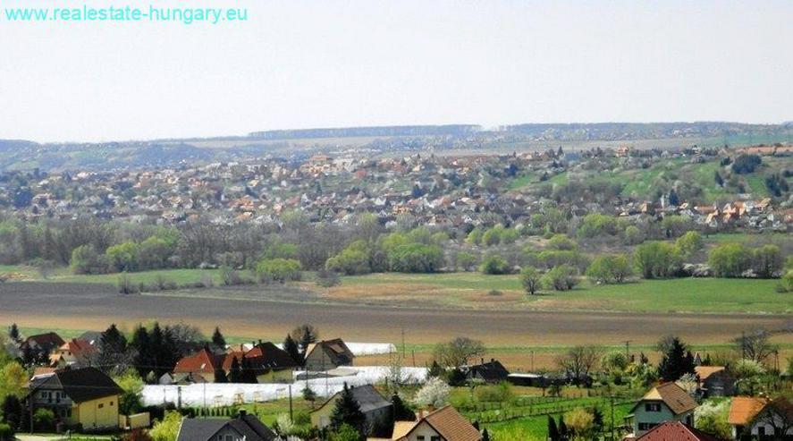 Bild 2: Wohnhaus mit Panoramablick