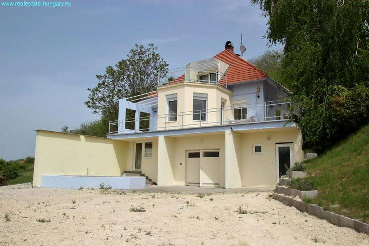 Bild 6: Wohnhaus mit Panoramablick