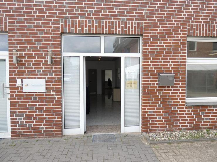 Bild 4: Gewerbehalle (ca. 180 m²) mit repräsentativen Büroräumen (ca. 107 m²)!