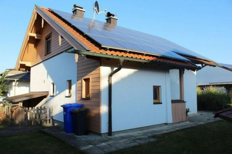 Bild 4: Einfamilienhaus, Garage, großes Grundstück, PV ?Anlage
