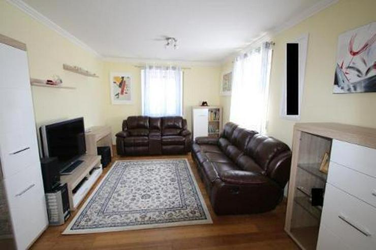 Bild 5: 3 Zimmer Wohnung im 1. OG mit Rheinblick
