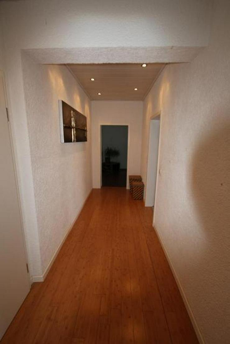 Bild 12: 3 Zimmer Wohnung im 1. OG mit Rheinblick