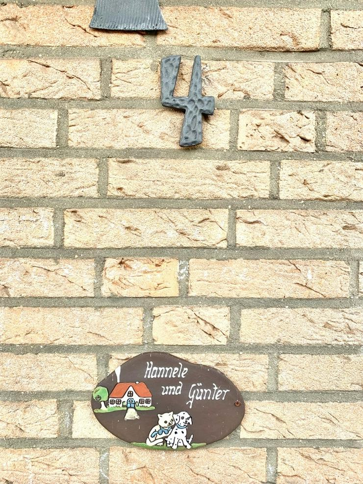 Bild 2: Großzügiges Reihenmittelhaus mit Garage in Aachen-Walheim!