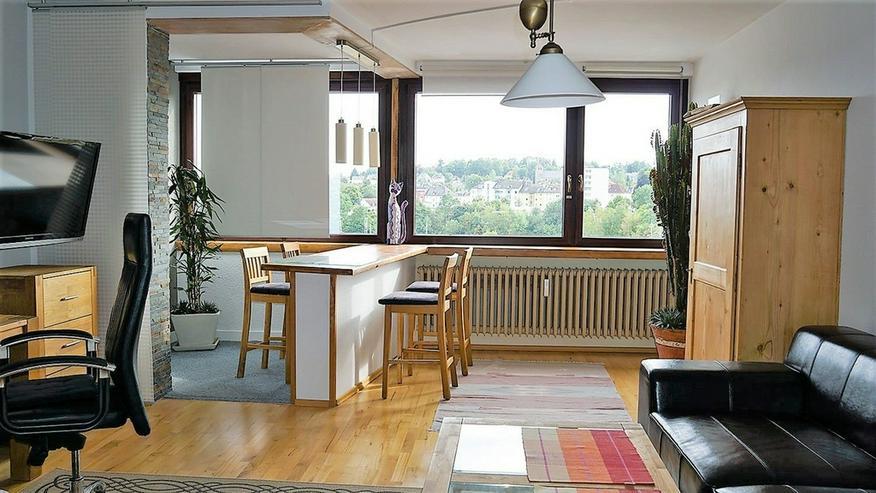 Bild 2: Hoch oben: Attraktive 3 Zimmer-Eigentumswohnung in der Hofer Innenstadt