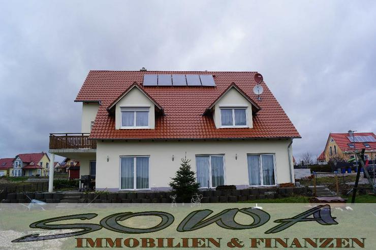 Mehrfamilenhaus - Platz für die Großfamilie (3 Wohnungen) mit Garten, Garagen - Ein Obje...