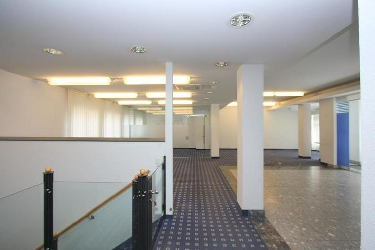 Bild 3: Zentrale Geschäftsräume