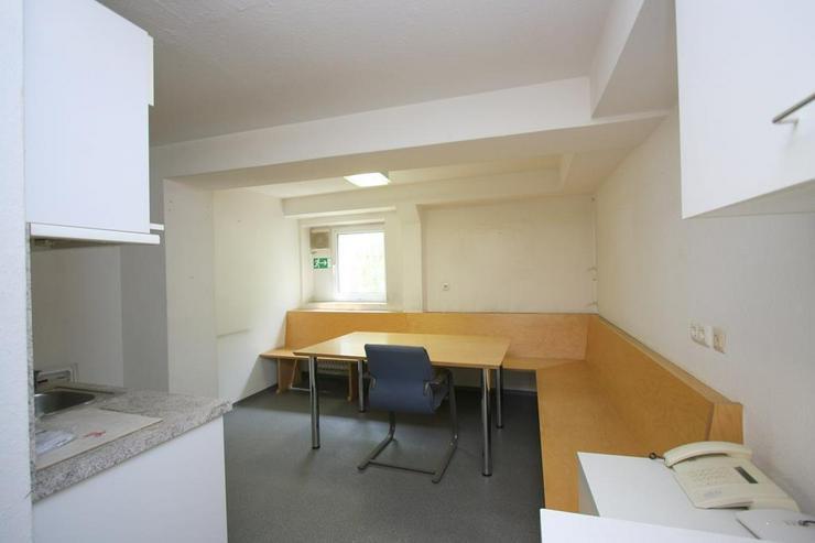 Bild 5: Zentrale Geschäftsräume