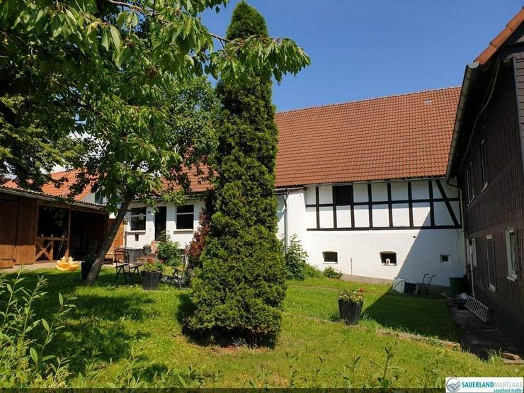 Bild 3: Wunderschön gelegene alte Fachwerkbauernhaus, Eimelrod