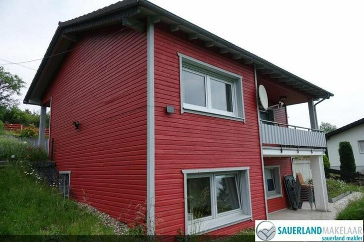 Bild 2: Sehr schön gelegen Wohnhaus verteilt über 2 Wohnungen