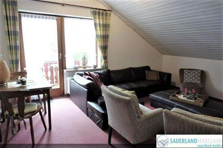 Geräumige Dachgeschoss Wohnung mit 4 Schlafzimmer