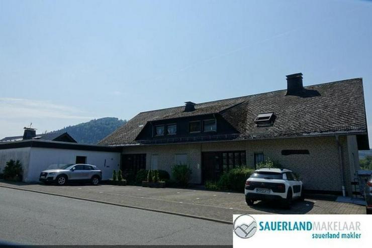 Geräumige 3-Zimmer-Wohnung in Niedersfeld mit Garten und Balkon - Wohnung kaufen - Bild 1