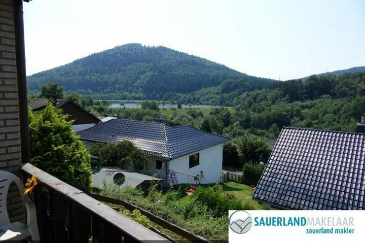 Bild 2: Geräumige 3-Zimmer-Wohnung in Niedersfeld mit Garten und Balkon