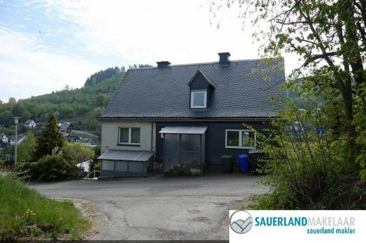 Reserviert - Freistehendes, großes Einfamilienhaus in Schwalefeld