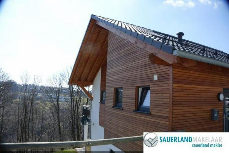 RESERVIERT - Wunderschön gelegenes geräumiges Einfamilienhaus in Winterberg - Haus kaufen - Bild 1