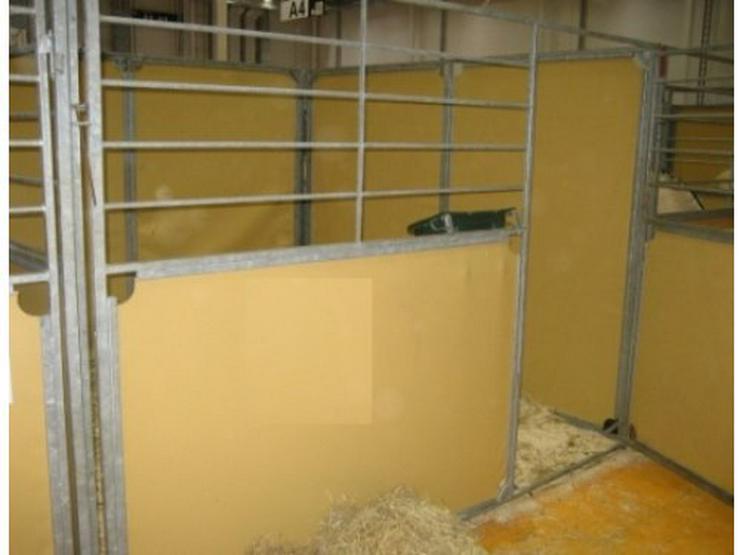 mobile pferdebox tunierboxen komplett zerl in neum nster. Black Bedroom Furniture Sets. Home Design Ideas