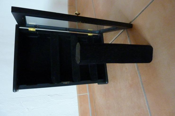 Biete schwarzen Uhrenschrank aus Holz - Aufbewahrung - Bild 1