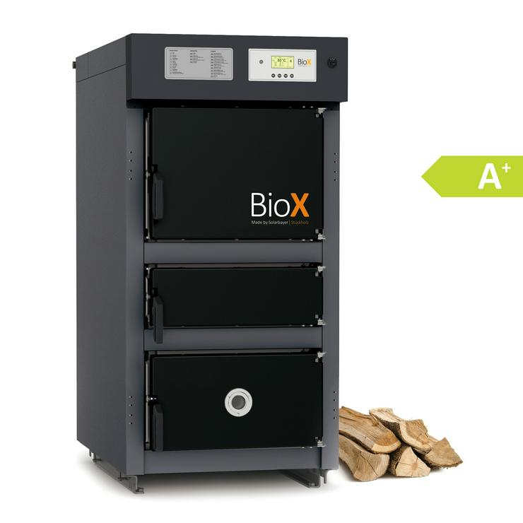 1A Solarbayer BioX 15 mit 16,6 kW. Holzvergaser Heizung Kessel.prehalle