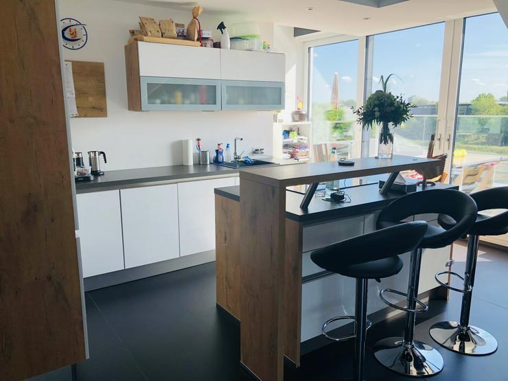 Einbauküche bei Abholung + Ausbau € 2.500,-