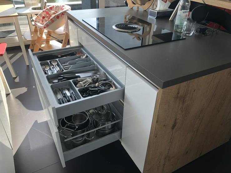 Bild 6: Einbauküche bei Abholung + Ausbau € 2.500,-
